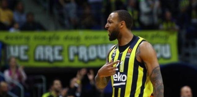 Fenerbahçe Beko oyuncusu Derrick Williams
